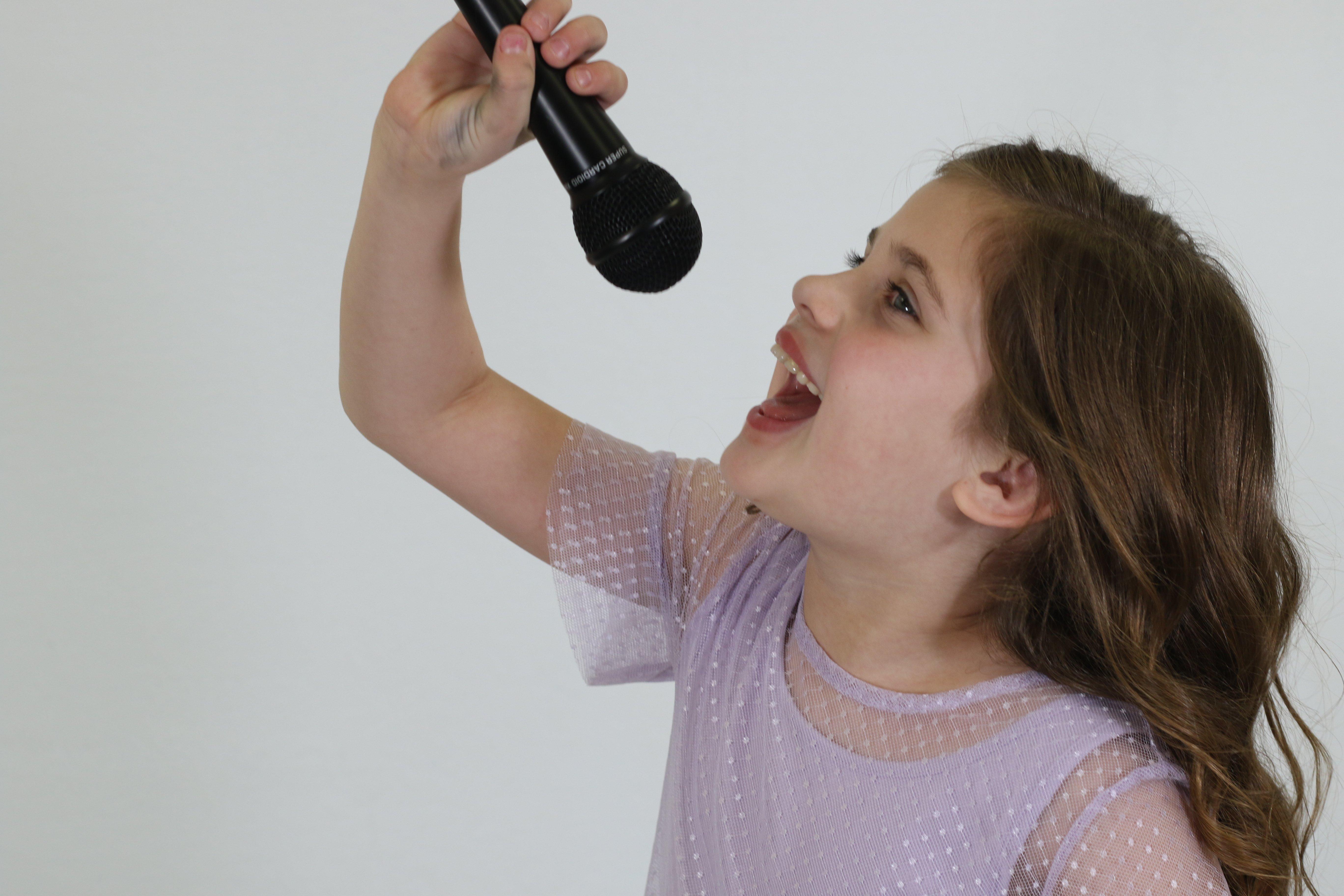 beginner voice lessons girl houston